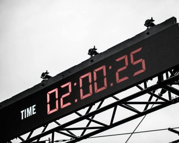 B2 clock - gautier